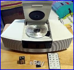 BOSE WAVE CD/RADIO MUSIC SYSTEM With Accessories! Beautiful condition! Great Unit