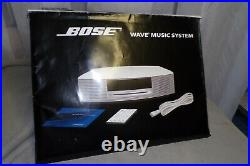 BOSE Wave Music System AWRCC1 Radio / CD Player & 3-CD With Remote & Manuals