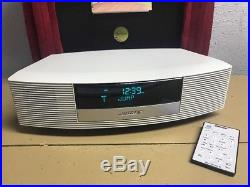 BOSE Wave Radio iii withTouch Top Control Mint with Remote Platinum White