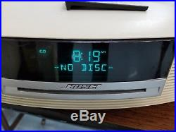 Bose Wave AWRCC2 White Music System Radio CD Player With Remote EXCELLENT