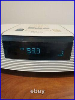 Bose Wave Radio / CD Player White Model AWRC1P With Remote