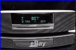 Bose wave music system multi cd changer (4) with AM/FM radio and working remote