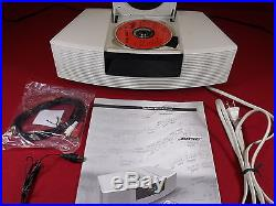 GORGEOUS WHITE BOSE WAVE RADIO/CD PLAYERREMOTE CONTROLXLNT CONDSOUNDS AWESOME