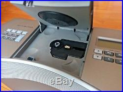 MINT Bose Acoustic Wave Music System II CD Player Radio Rare Platinum Silver