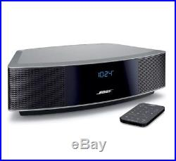 NEW & Sealed Silver platinum BOSE WAVE RADIO IV WITH REMOTE