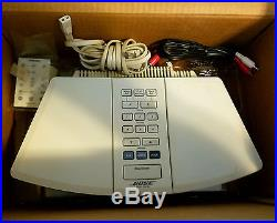 Perfect! Bose Wave Radio AWR1W1 In Box and everthing that came from the factory